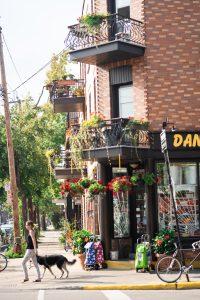 Coin du rue du quartier de la Petite Italie à Montréal